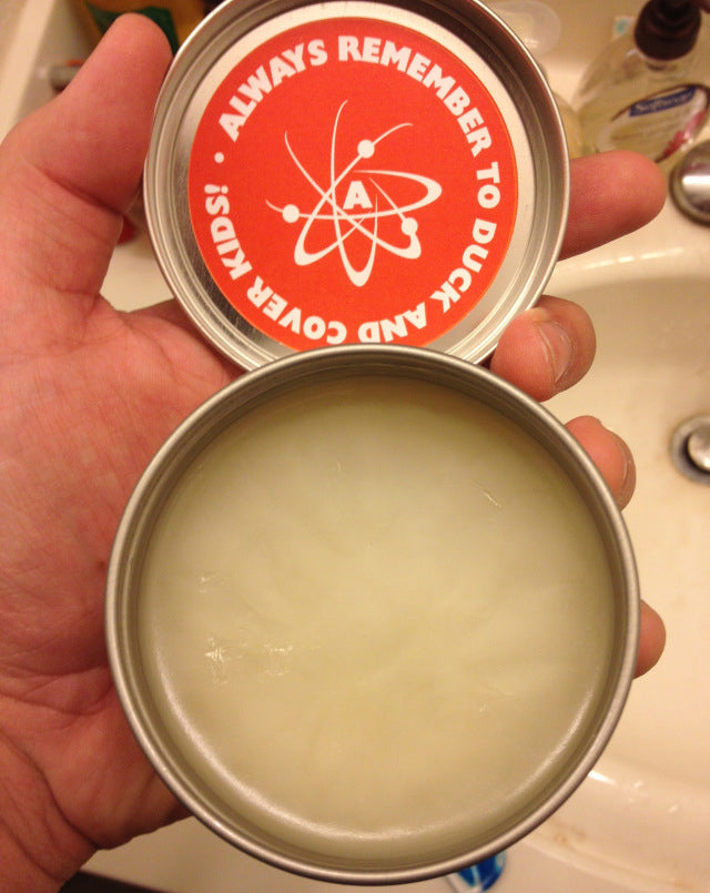 Atomic Pomade Open Can
