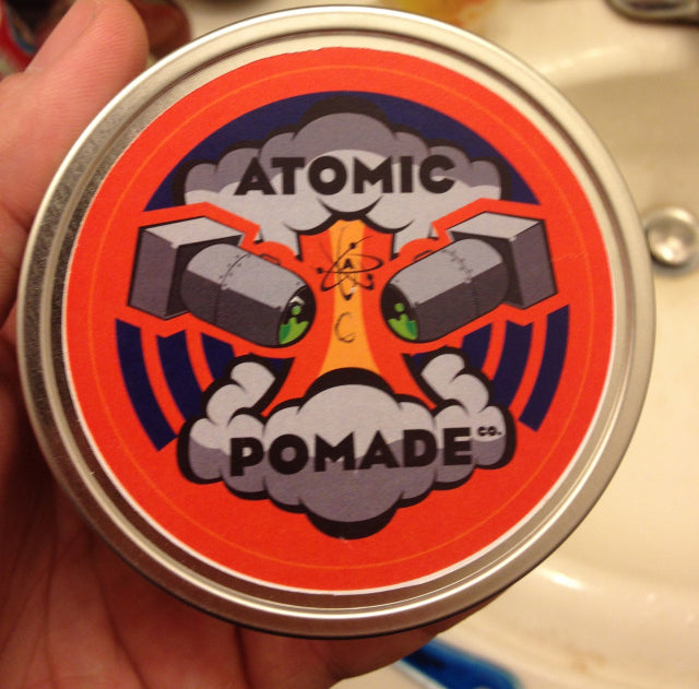 Atomic Pomade Top label
