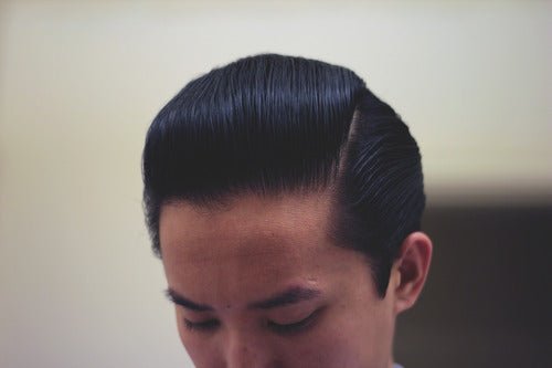 How to style a pompadour - Step 15