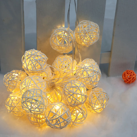 Solar Powered Warm White Globe Light Garden Lamp - the-american-pandaa
