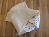 Odd Pod Medium Laundry Wash Mesh Bag, made from 100% cotton. Ideal to wash smaller items in the wash without it getting lost, e.g. our Reusable wipes.