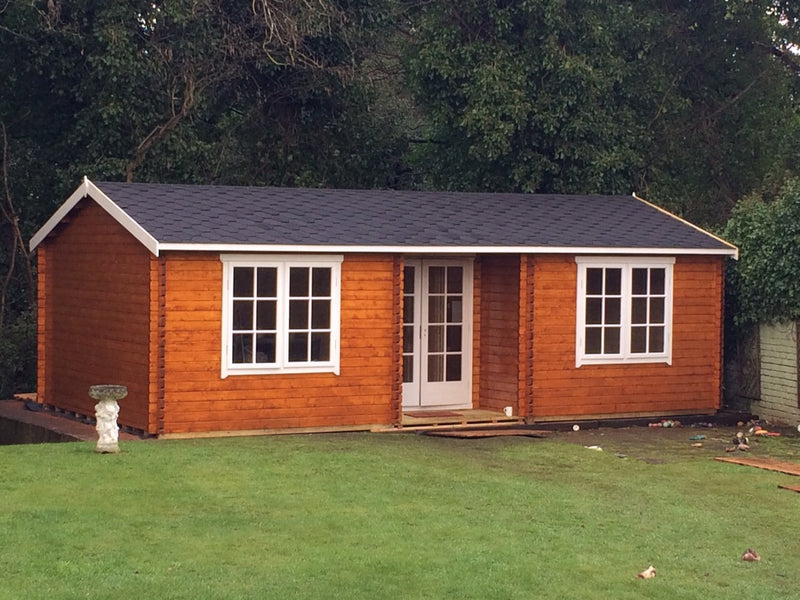 Elveden Log Cabin 14G x 26 (44mm & 70mm Logs Available)
