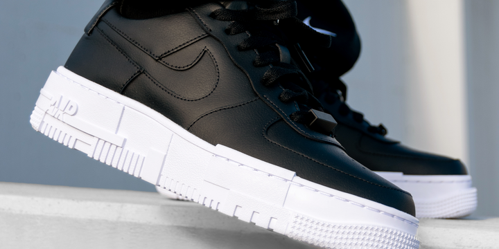 Nike Air Force 1 Pixel 'Black'
