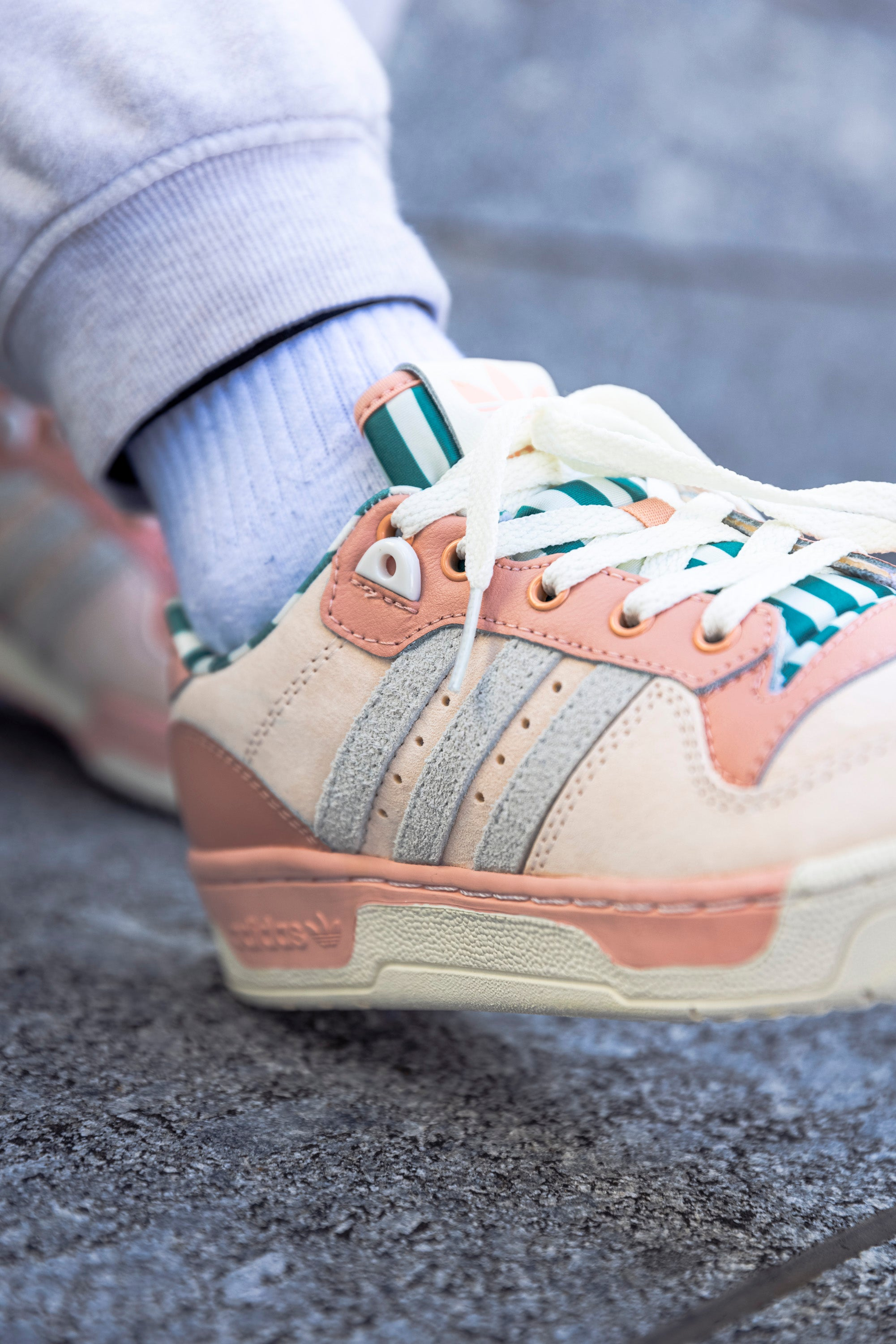 adidas Rivalry Low Pink Tint H04403
