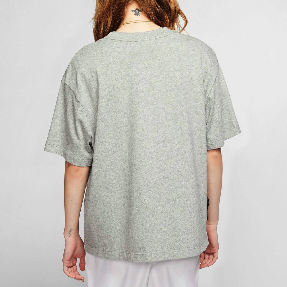 Nike-Essentials Short SLeeve-Grey-CT2587-063