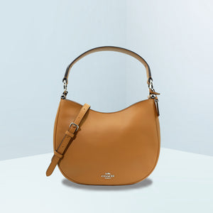 Saddle Glovetanned Leather Nomad Crossbody Bag