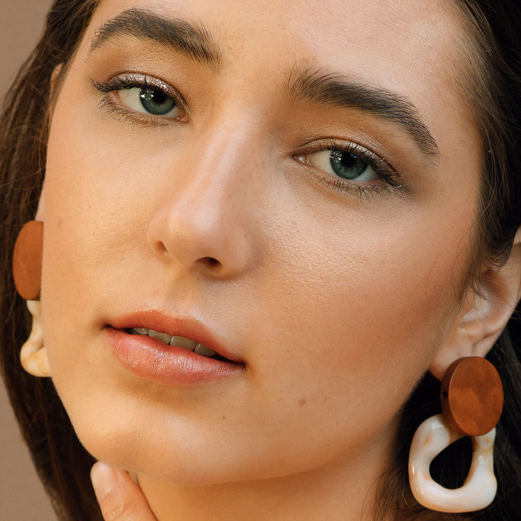 Wood & Tortoise Shell Beige Earrings - Mia