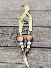 Load image into Gallery viewer, Kylie Antler Necklace