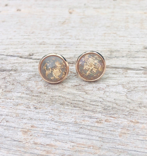 Gray & Gold Flake Stud