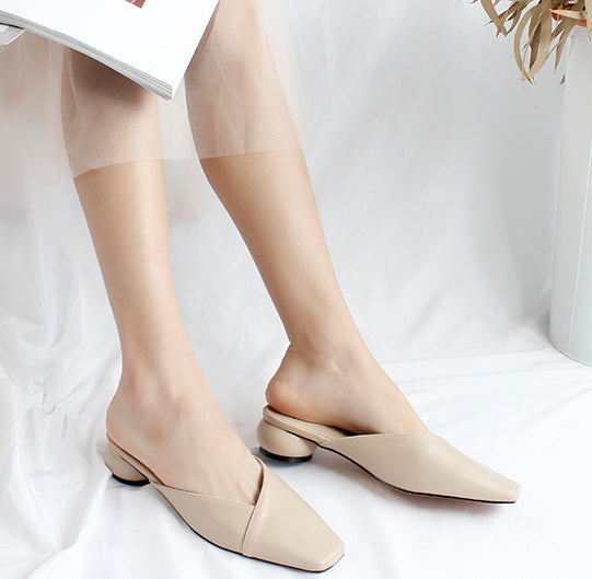 round heel flat shoes