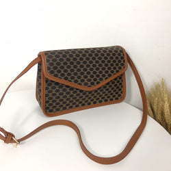 geometric patterns shoulder bag