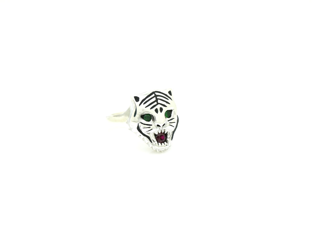 Tiger Ring in Silver