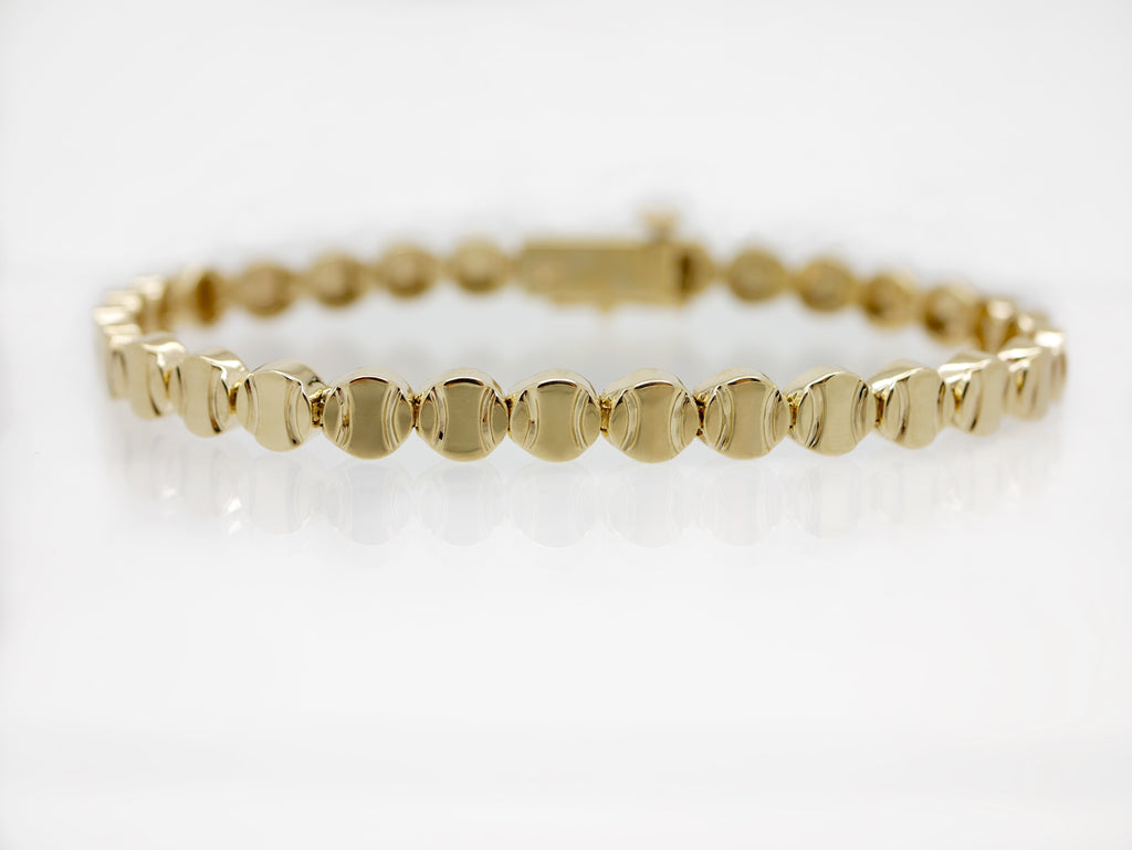 Tennis Bracelet in Gold