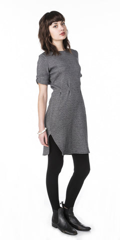 Hi-side Pleated Sweater Dress with Elbow Sleeves