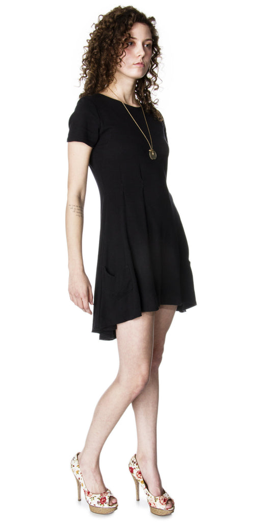Pleated Hi-Lo Knit Dress with short sleeves
