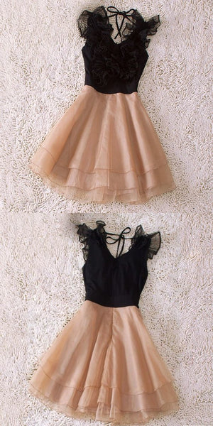 A-Line V-Neck Short Champagne Chiffon Homecoming Dress With Flowers Tiered,JJ580