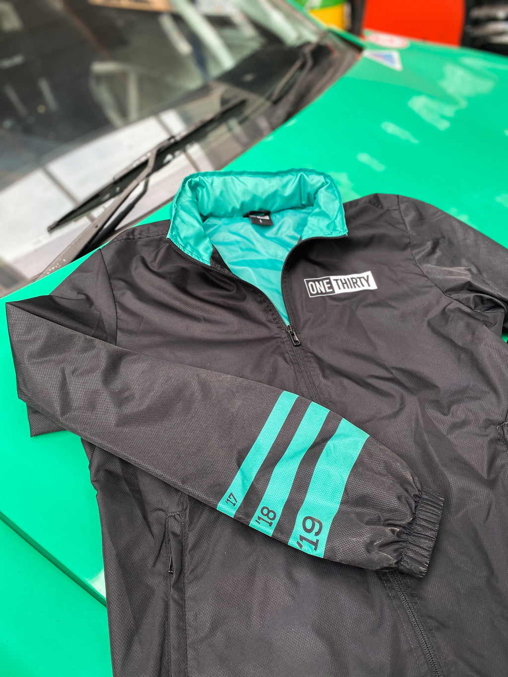 ONETHIRTY Windbreaker