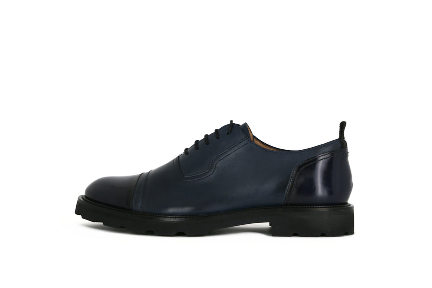 Alias Hiker Oxford Shoe