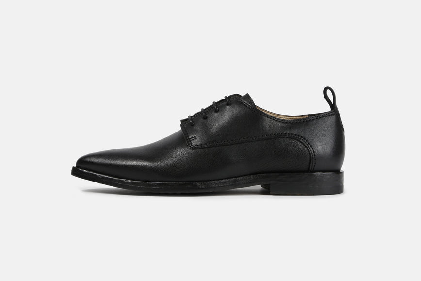 Chase Derby Shoe