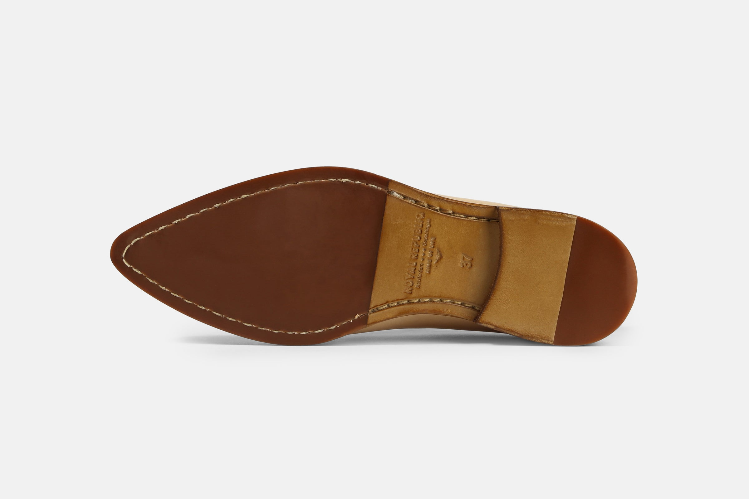 Chase Undyed Loafer