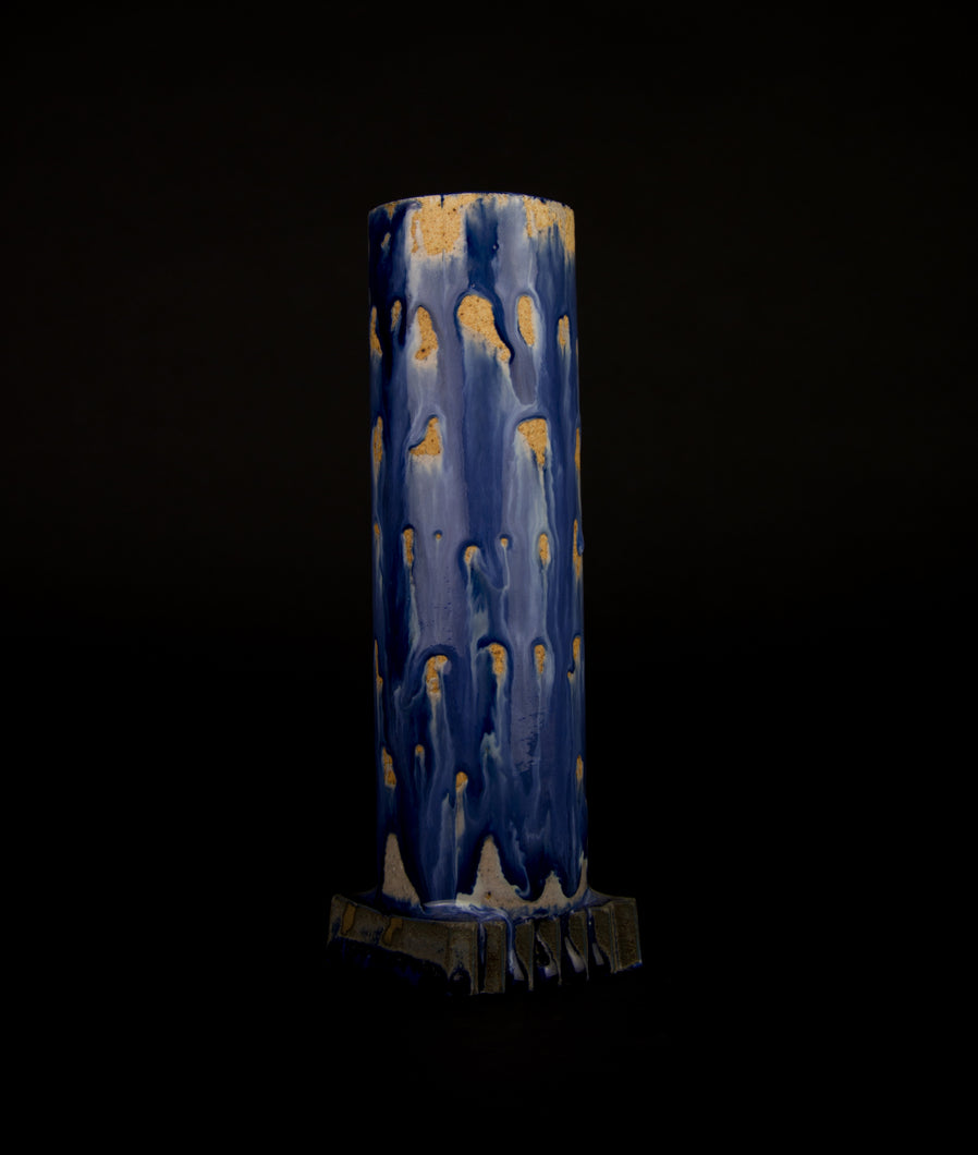 Vase Tsuku/Tanaita with Blue glaze by Matthias Kaiser