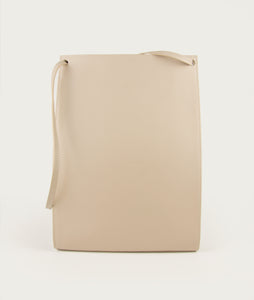 Gwyneth L opaco beige with Horn