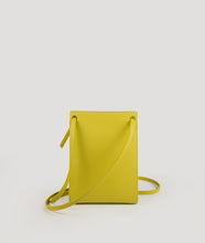 Load image into Gallery viewer, Gwyneth S Fresh yellow green with Horn