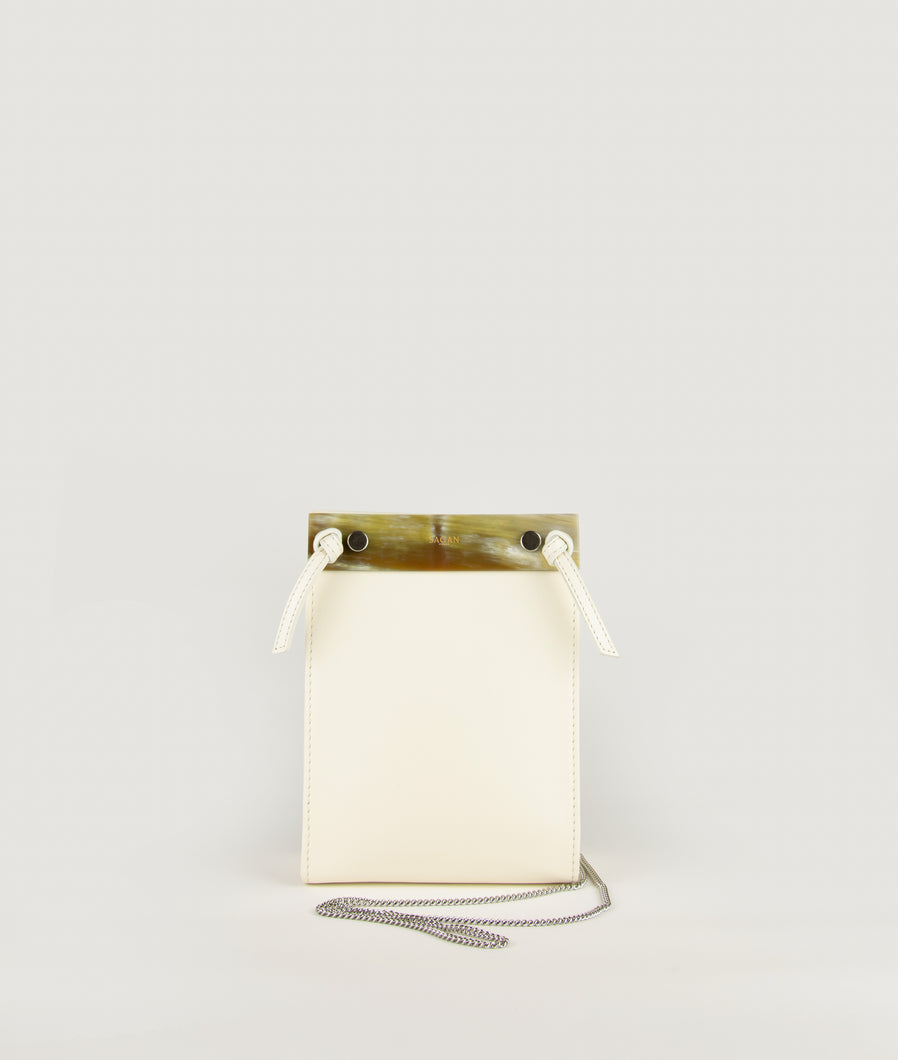 Gwyneth S Cream White with Horn