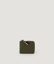 Load image into Gallery viewer, Wallet Square purse in military olive green, made from smooth Italian calf leather. It´s generously proportioned to fit all cards, bills and coins. One side zip fastening along the top and sides with accentuated signature puller made from cow horn.