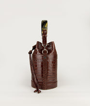 Load image into Gallery viewer, Bucket Bag S Burgundy croco effect with Horn