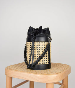 Vienna Bucket S Black