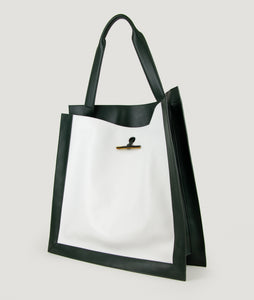 SAGAN Vienna - Shopper bag from Italian smooth calf leather, in green-white, inspired by the scarf shape. Handmade cow horn detail functioning for fastening. Inner zip pocket. This size is suitable for A4 format, all MacBook and iPad sizes. Cotton lining.