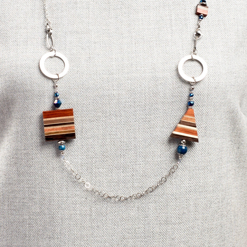 Collier modifiable avec billes bleues
