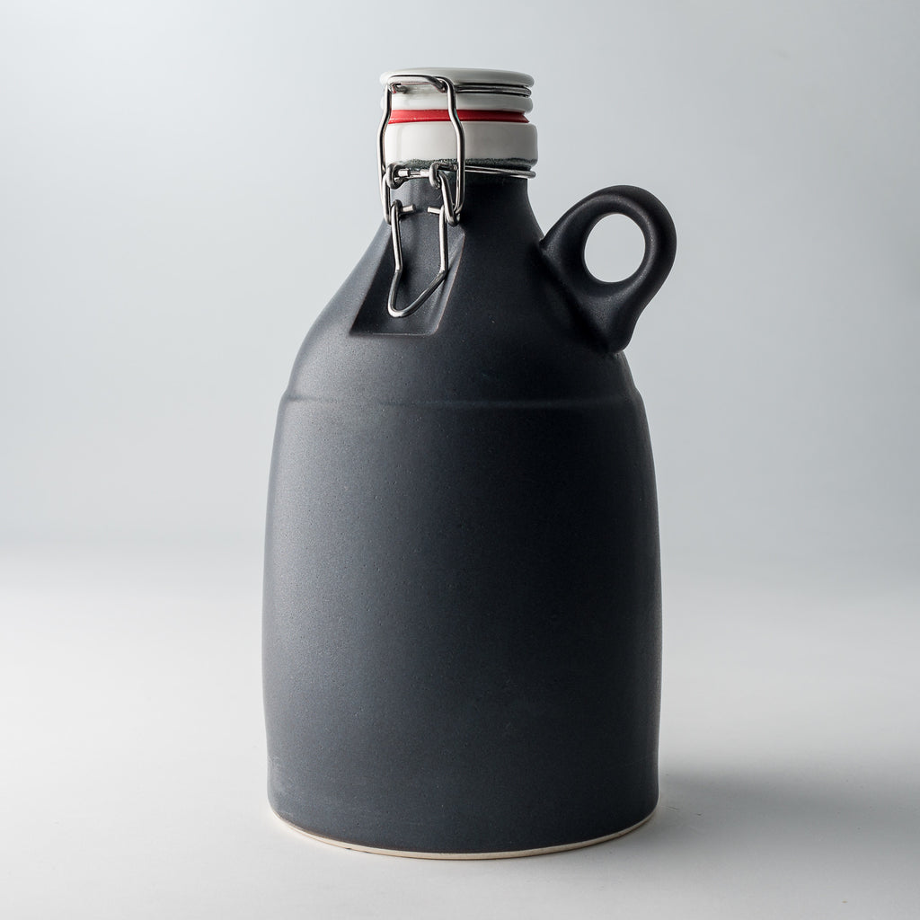 The Loop | Matte Black | 64 oz