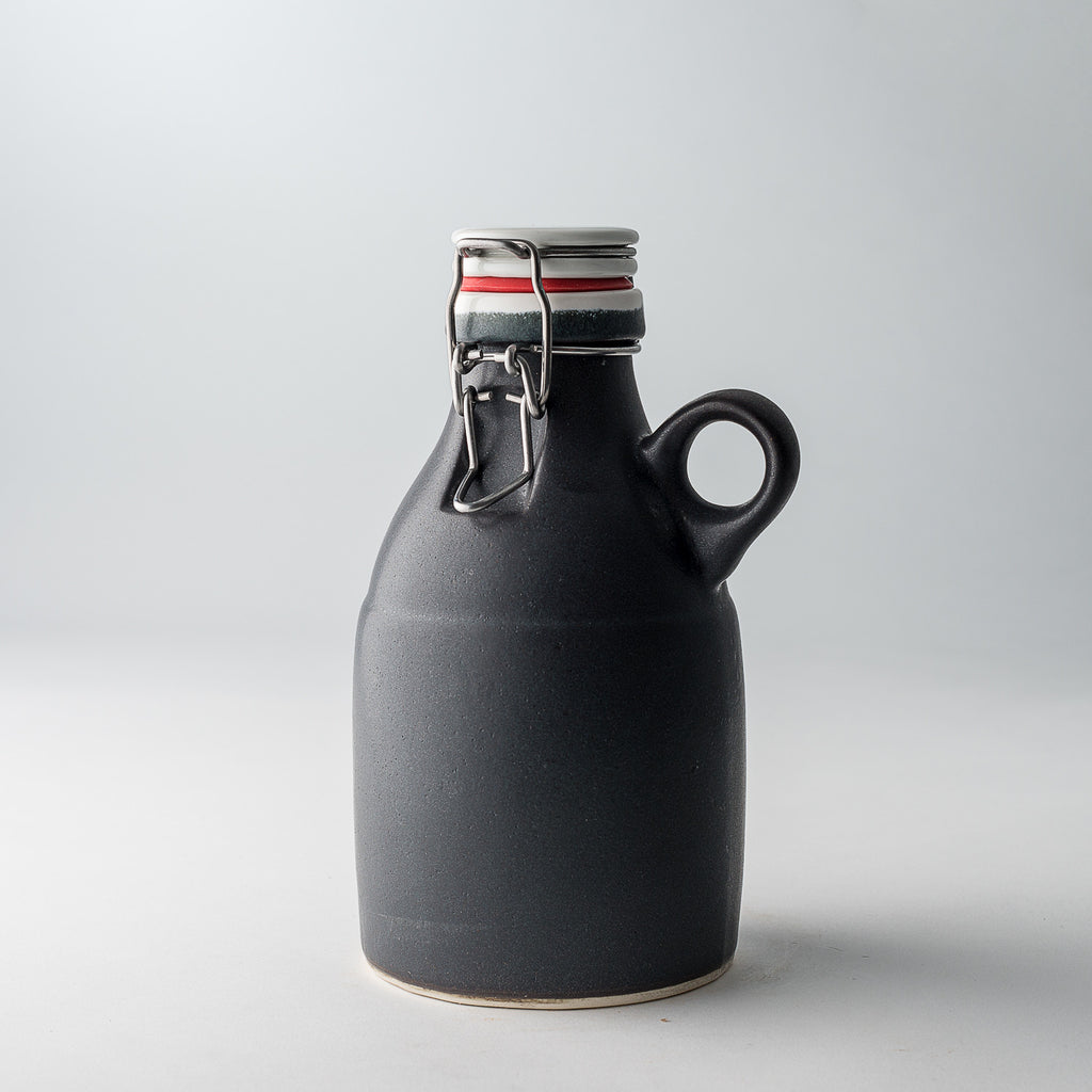 The Loop Growlette | Matte Black | 32 oz