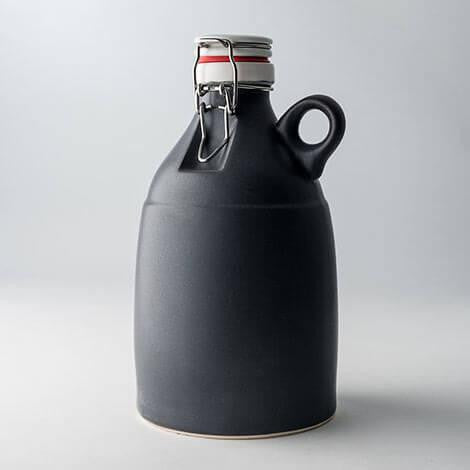 64oz Growler with Leash and Monogram Lid