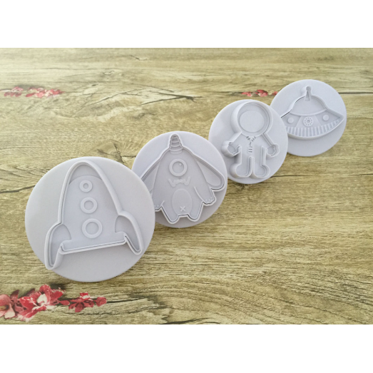 3D Space Cookie Cutters (4 Pack)