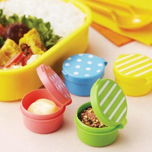 Condiments / Sauce Container with Dots & Stripes