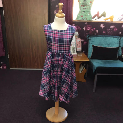 "Lady Vintage ""Little Vintage"" Swing Dress Purple and Pink Tartan-Vendemia"