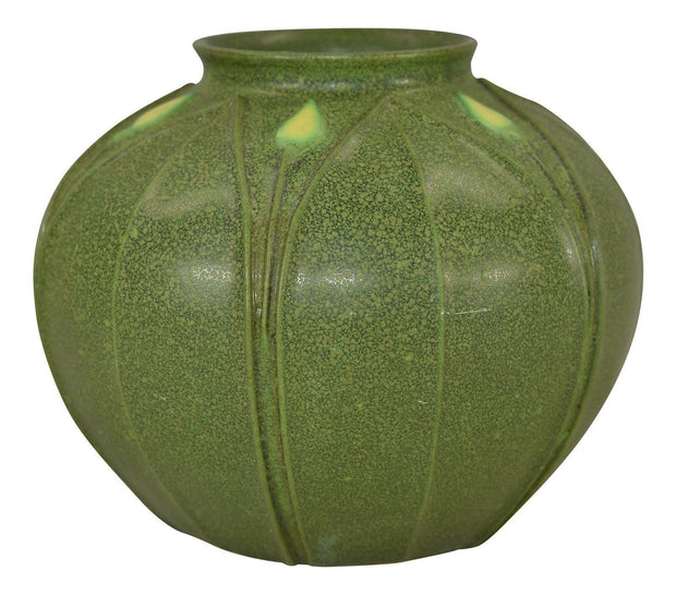 Arts and Clay Company Jemerick Pottery Matte Green Yellow Bud Bulbous Vase - Just Art Pottery