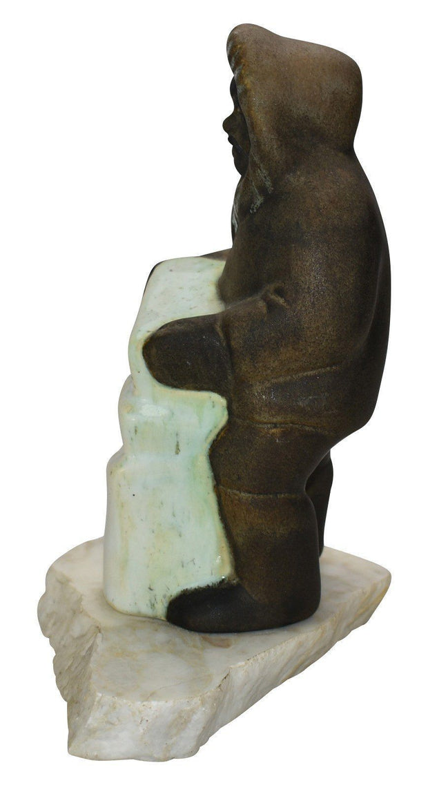 Daga Studio Pottery Eskimo On A Rock Shape 46 - Just Art Pottery