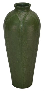 Ephraim Faience Pottery 1996-97 Spider Lily Leaf Green Curdle Ceramic Vase 710 - Just Art Pottery