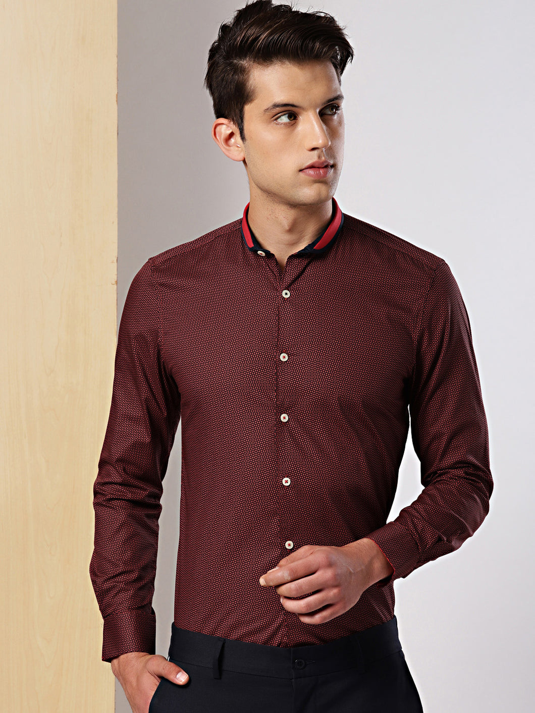 Men Black & Red Slim Fit Micro Printed Formal Shirt