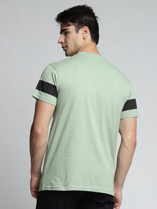 Men Green & Black Printed Round Neck T-shirt