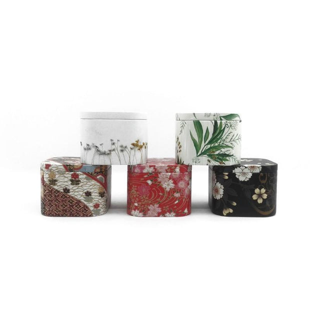Xin Jia Yi Packaging Metal Tinplate Box  Small Christmas Gift Packaging Mini Square Tin Cases Little Collectible Boxes