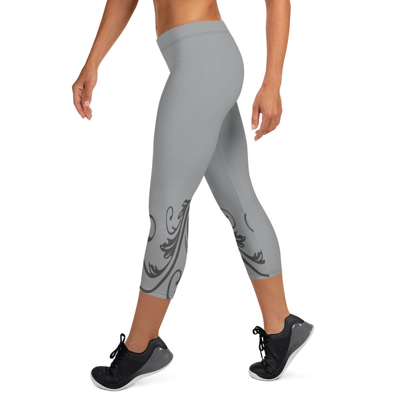 The Tricia Filigree Capri Leggings