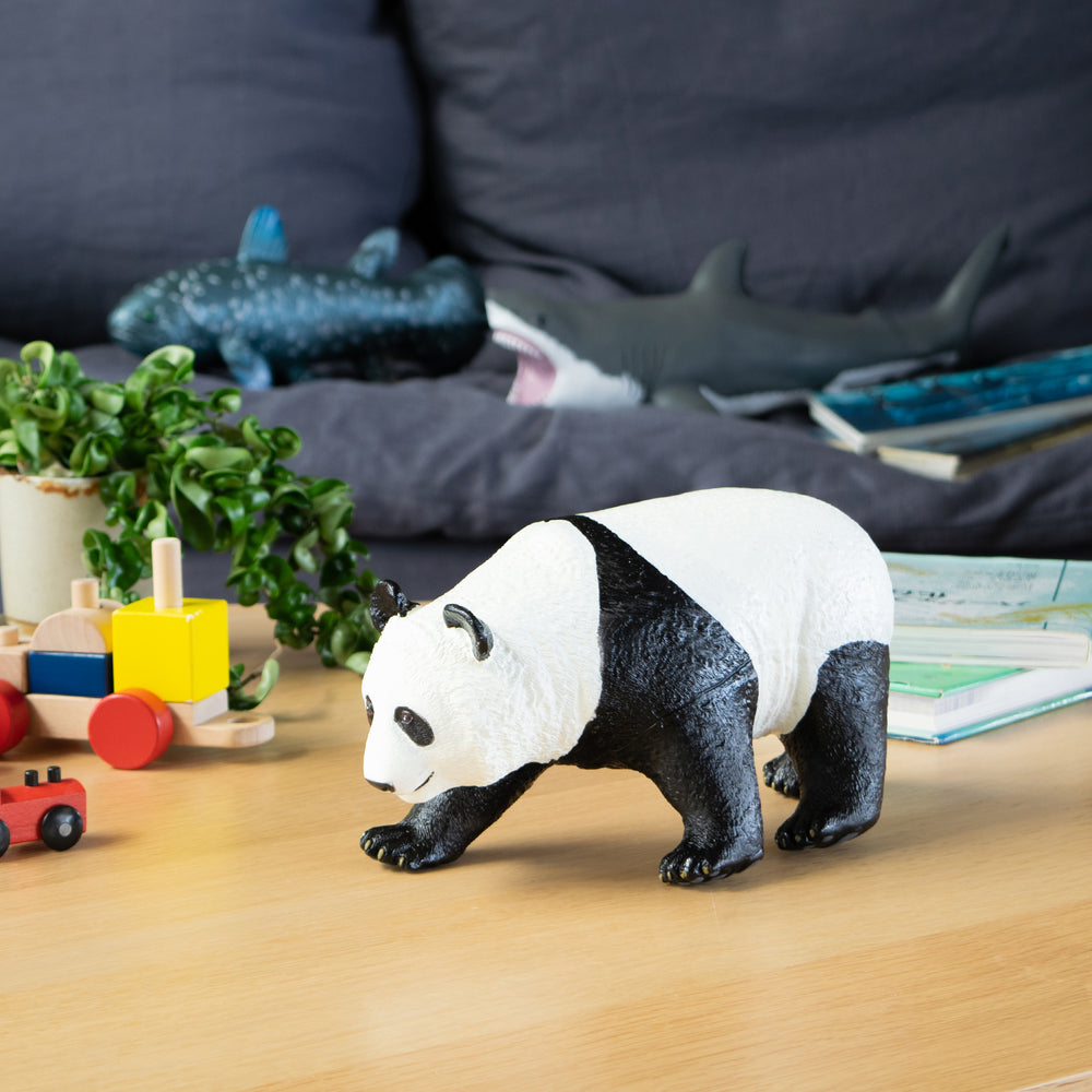 Load image into Gallery viewer, Giant Panda Vinyl Model
