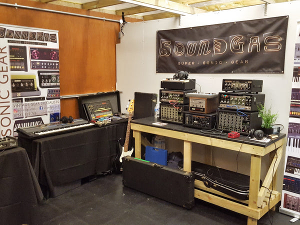 more of our vintage Roland rig at Boss Cause & Effects