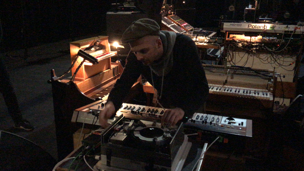 Nils Frahm live set up