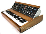 Moog Minimoog Model D Synthesiser (Tilt Left)